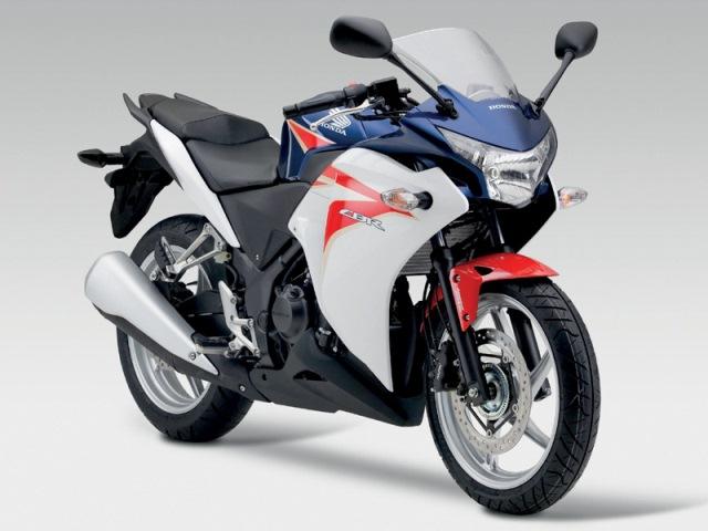 motocikl-honda-cbr250-1
